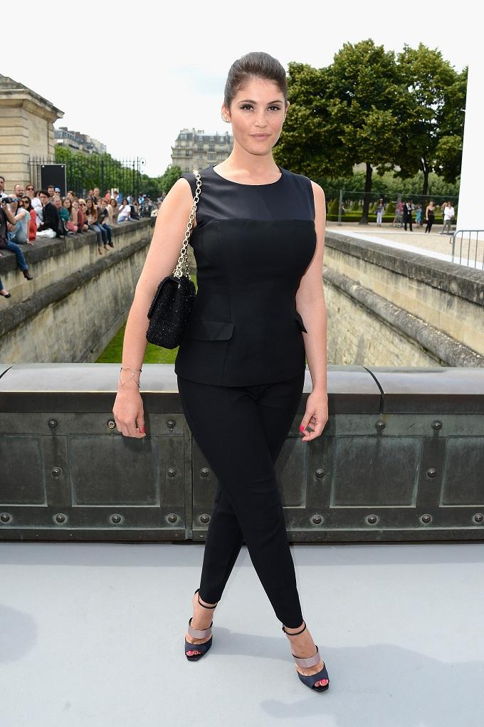 Gemma Arterton Jeans Photos