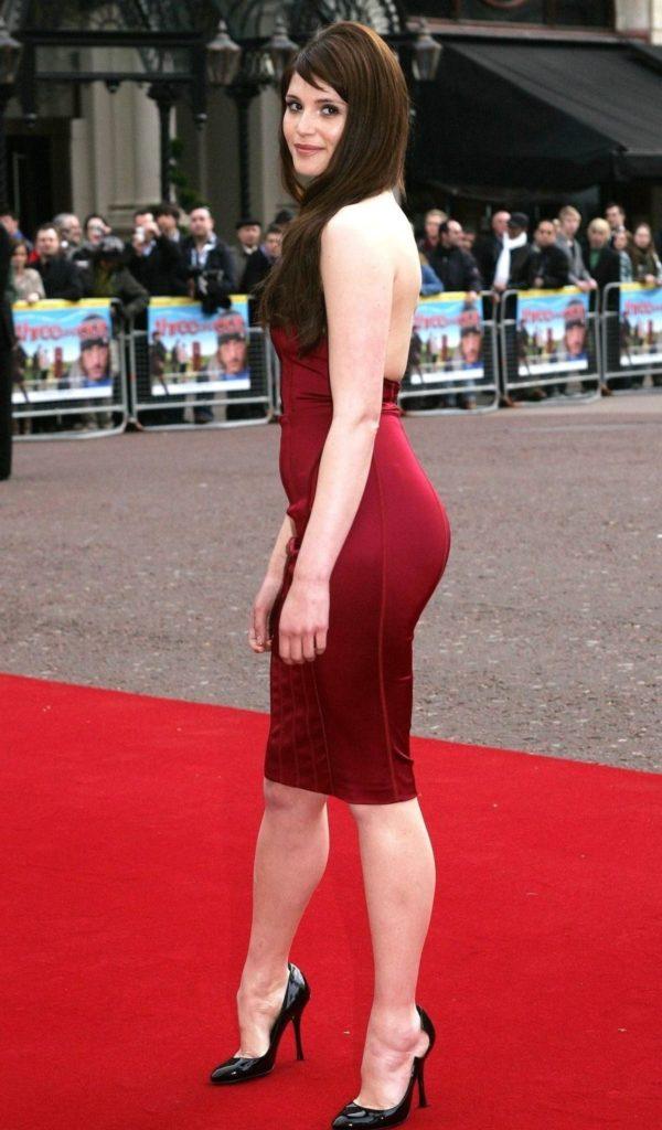 Gemma Arterton Legs images