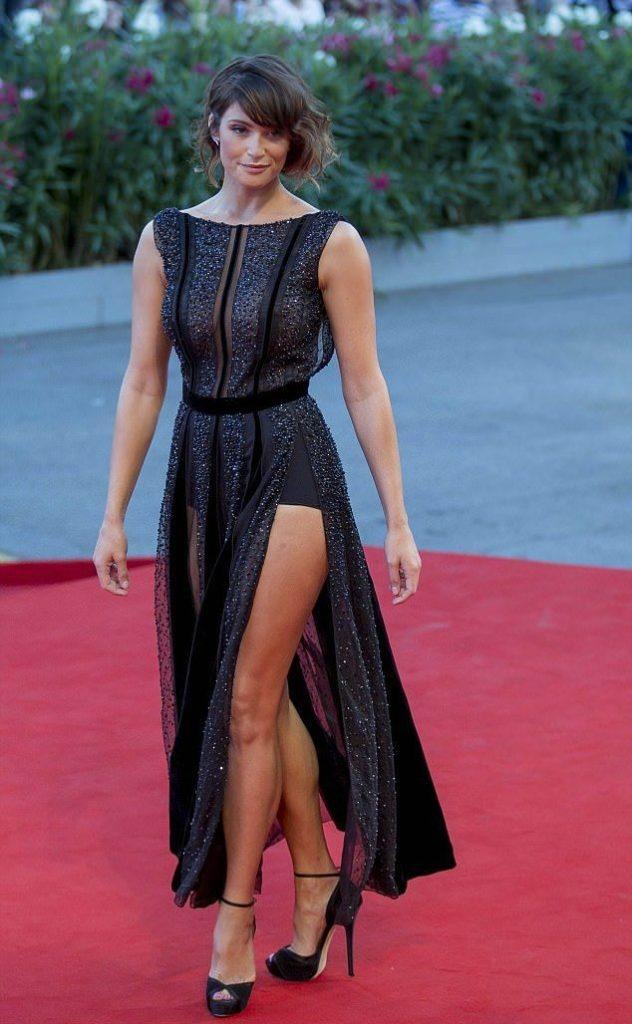 Gemma arterton hot