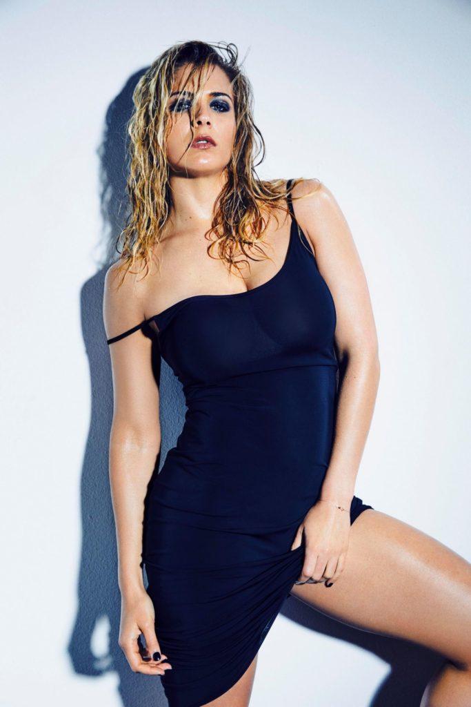 Gemma Arterton Swimsuit Pictures