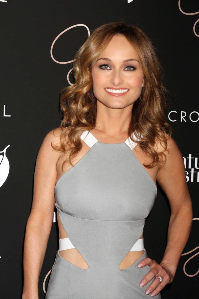 Giada De Laurentiis Bold Photos
