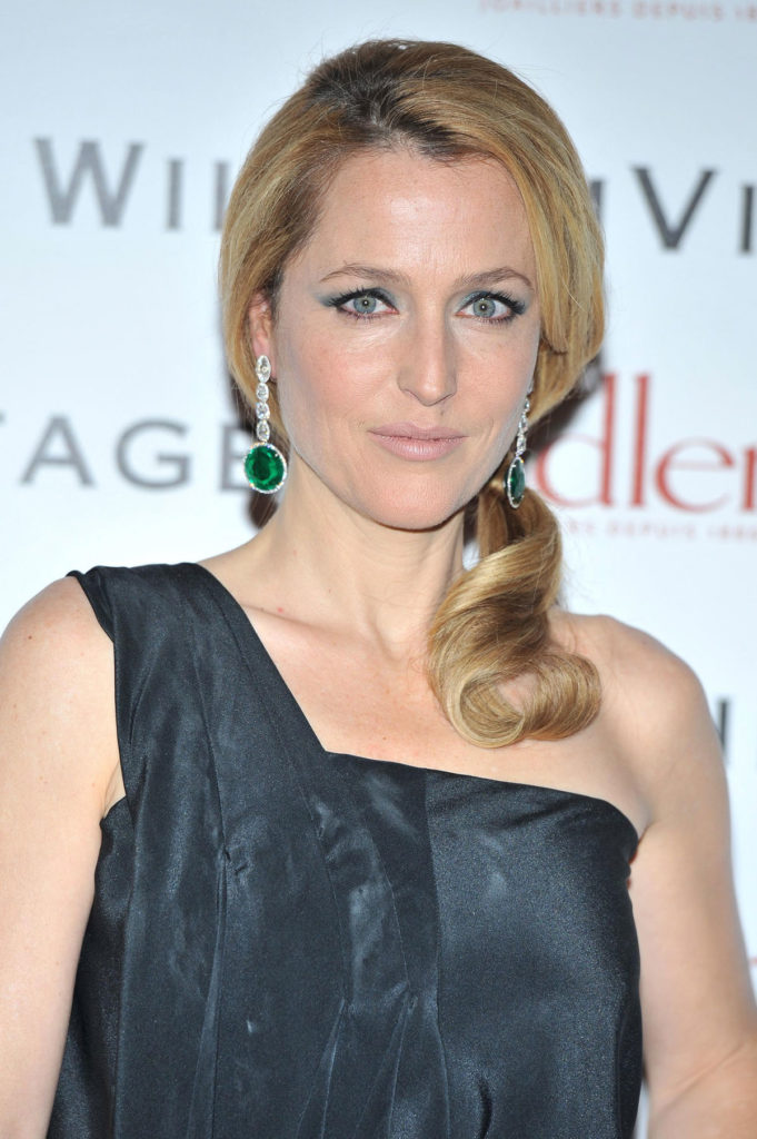 Gillian Anderson Sexy Pictures