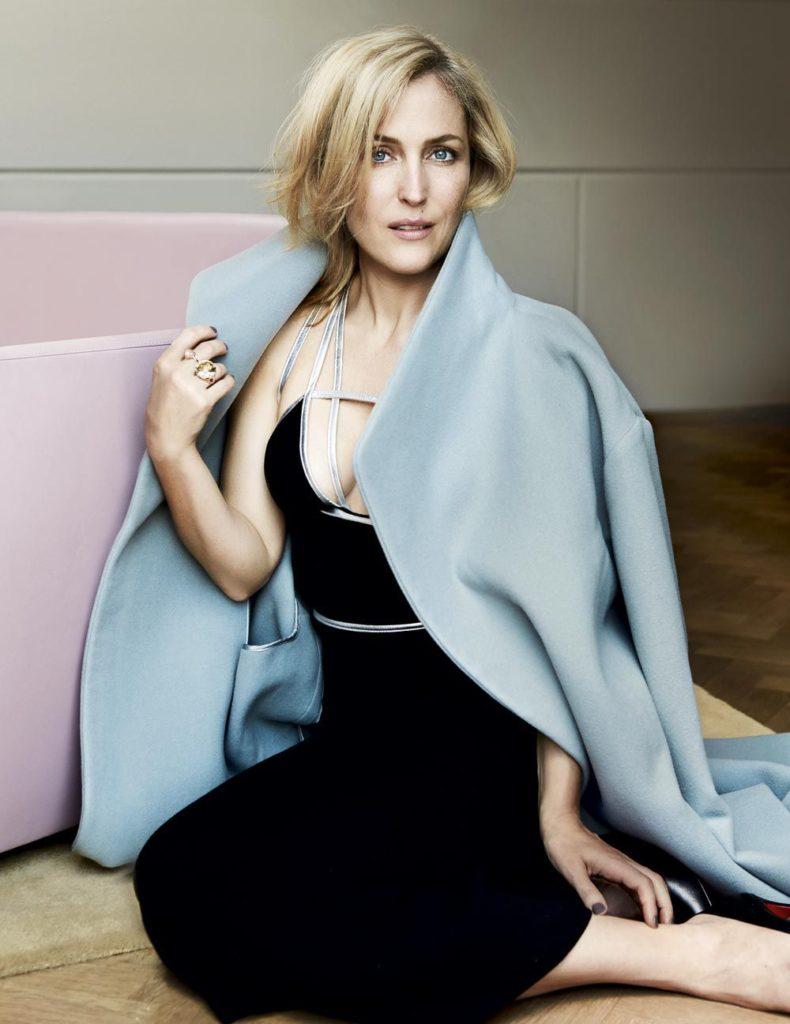 Gillian Anderson Undergarments Pics