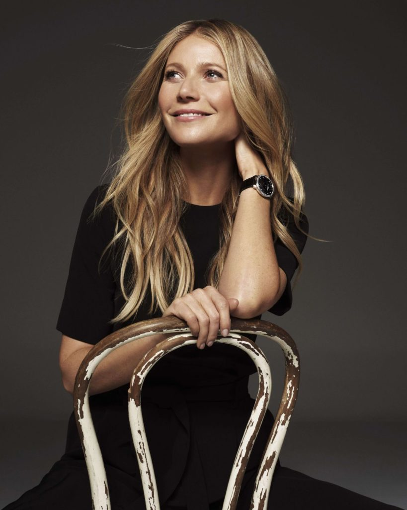 Gwyneth Paltrow Smile Pics