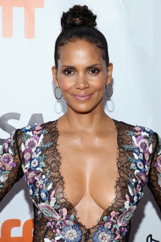 Halle Berry Boobs images