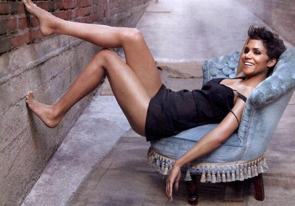 Halle Berry Undergarments Pics