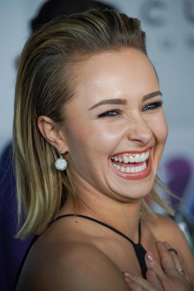 Hayden Panettiere Cute Smile Wallpapers