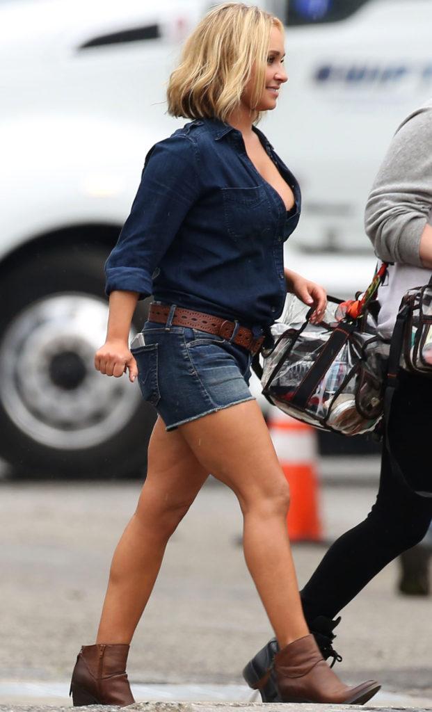 Hayden Panettiere Legs Images