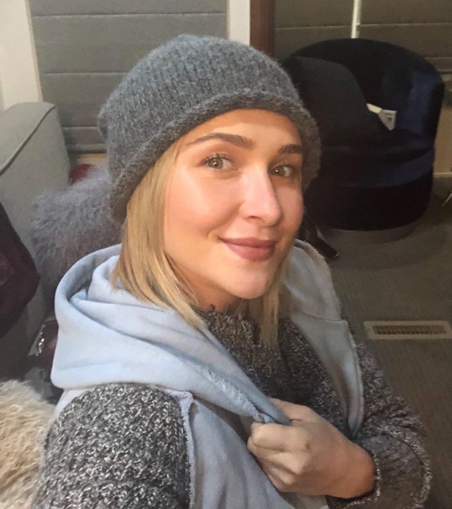 Hayden Panettiere Selfie Photos
