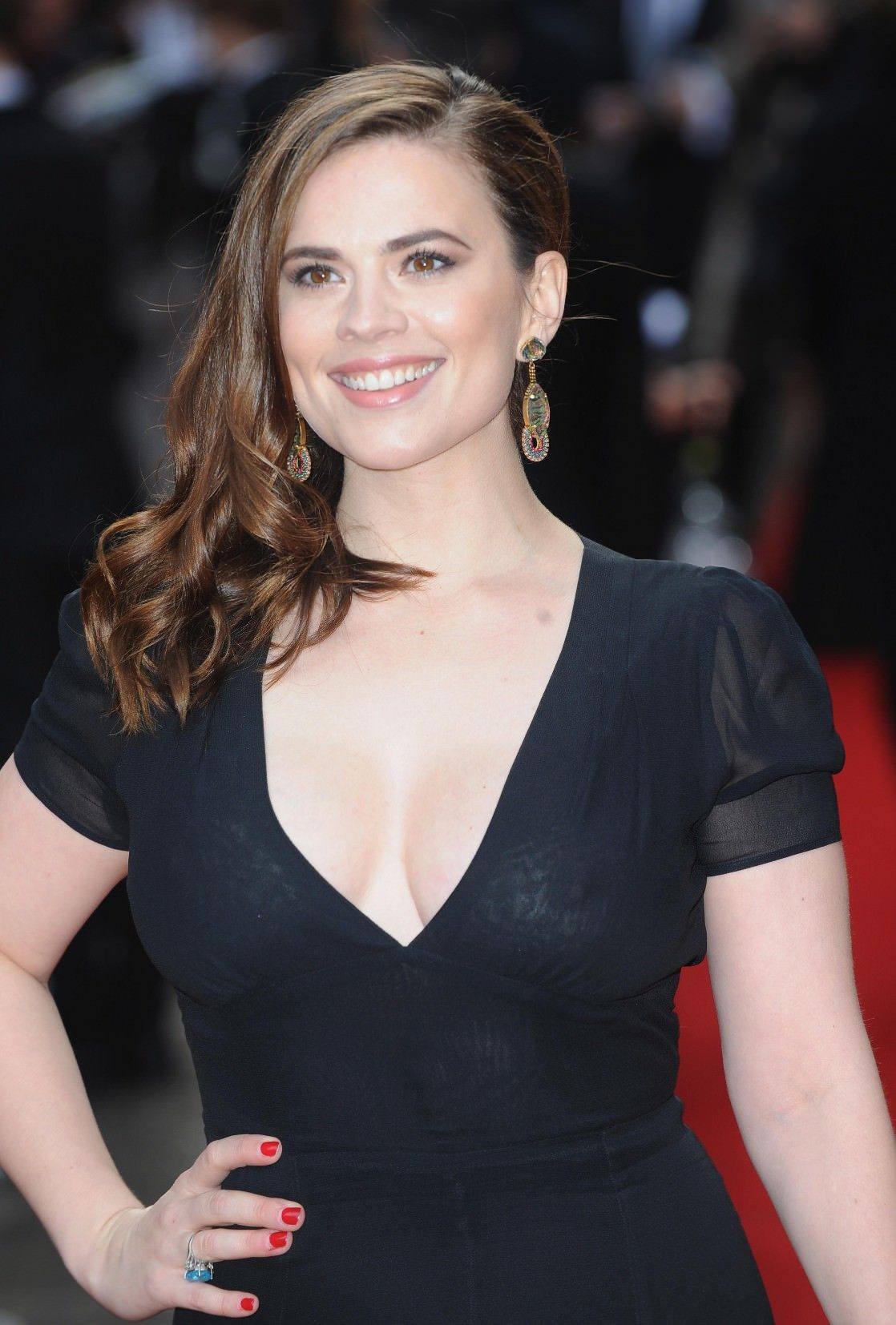 27 Hottest Hayley Atwell Bikini Sexy Feet Pictures
