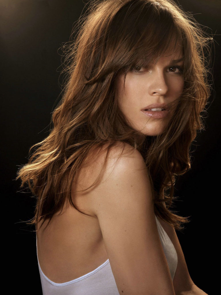 Hilary Swank Backless Wallpapers