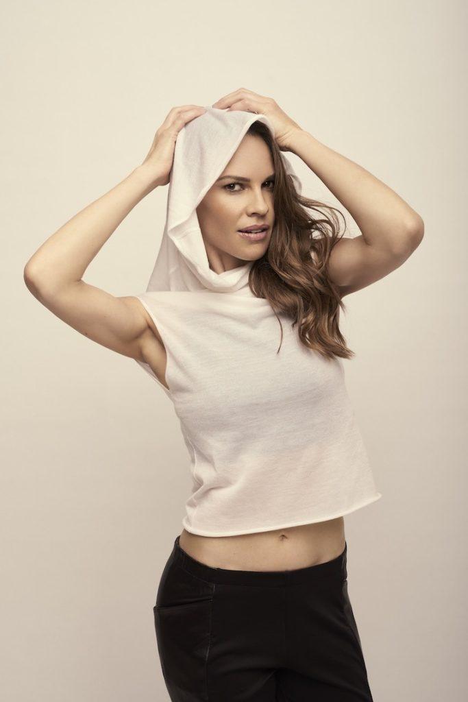 31 Hot Hilary Swank Bikini Pictures Show Her Yoga Pants