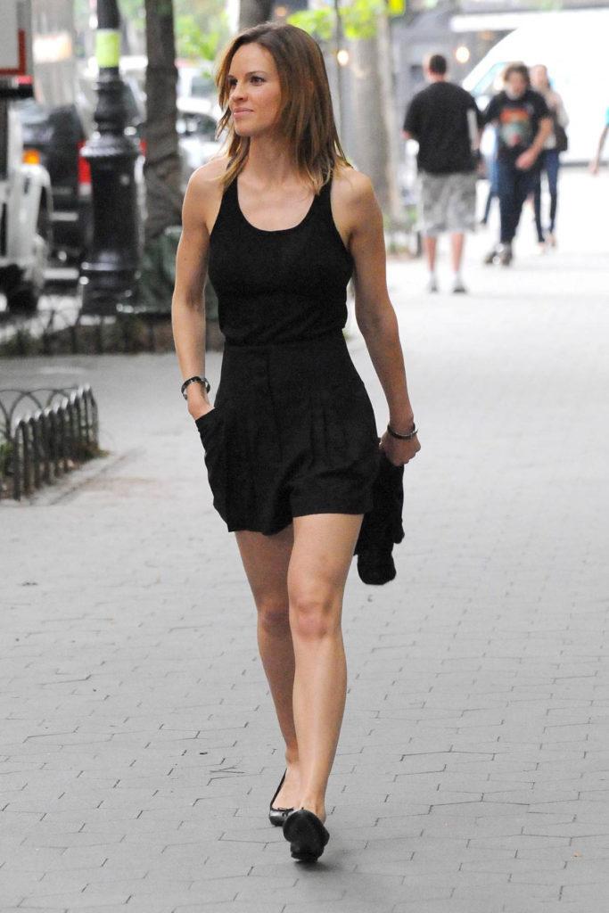 Hilary Swank Legs Photos