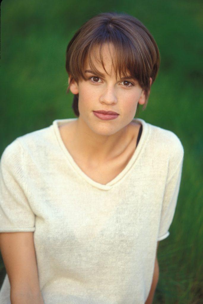 Hilary Swank Short Hair Wallpapers