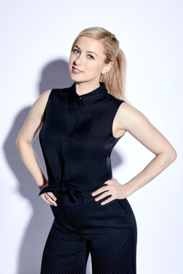 Iliza Shlesinger Leggings Images
