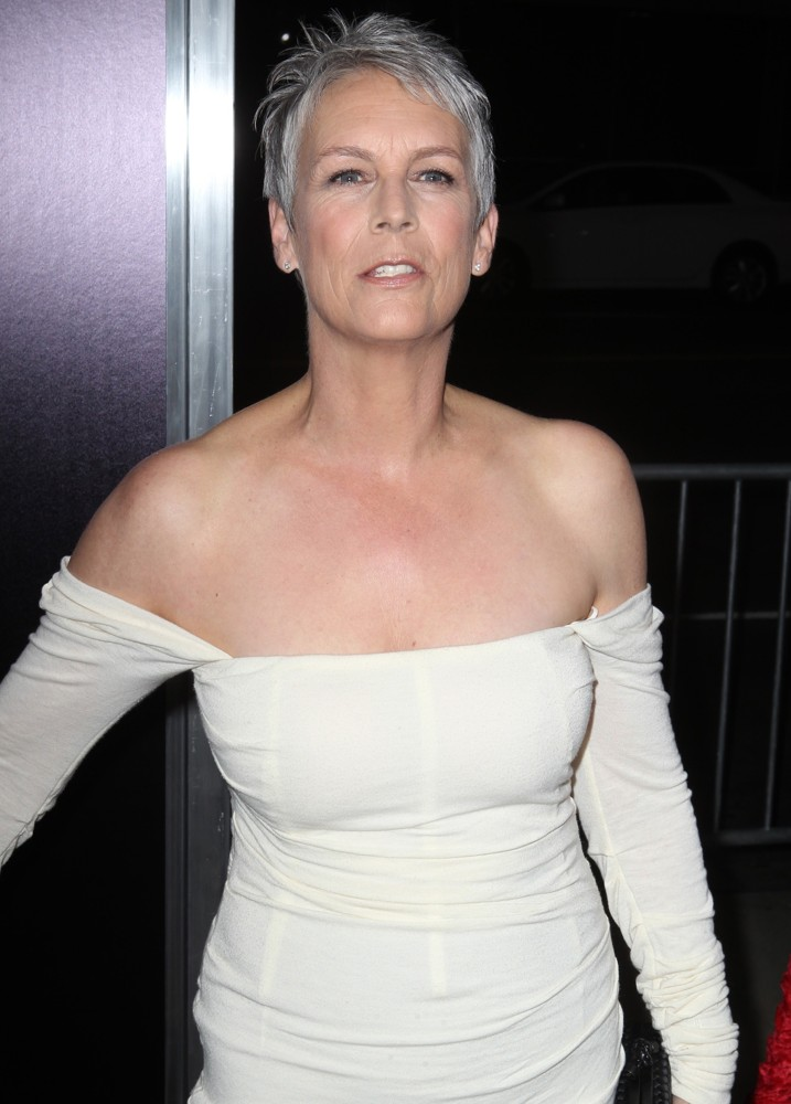 Jamie Lee Curtis Topless Wallpapers