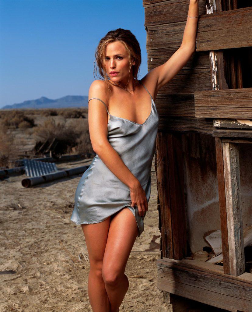 Jennifer Garner Shorts Images