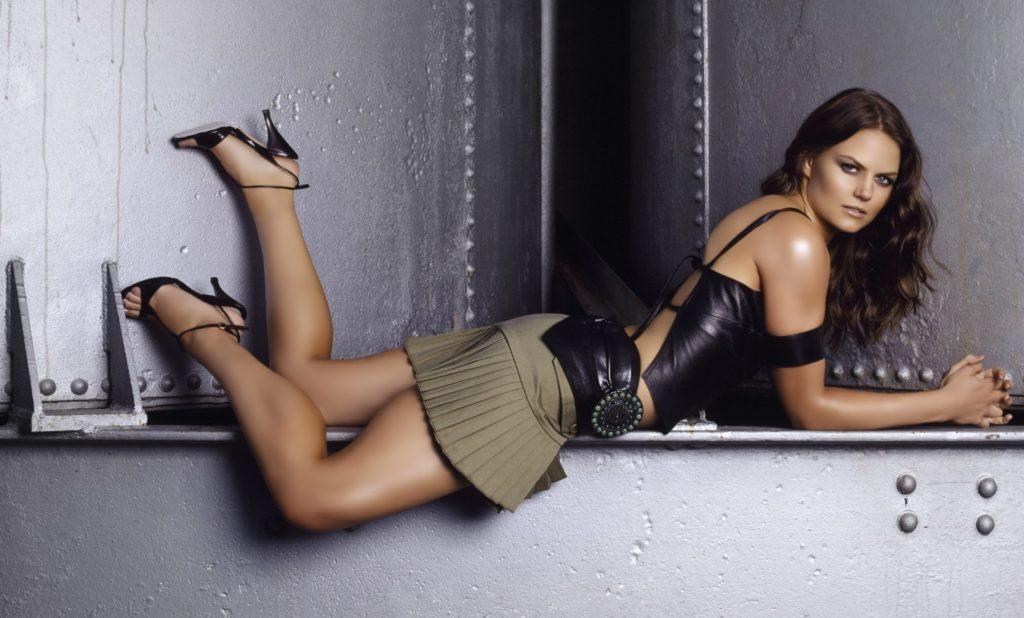 Jennifer Morrison Legs Photos