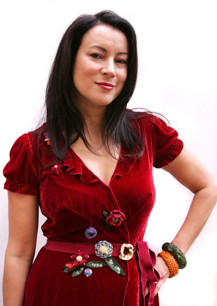 Jennifer Tilly Hot images