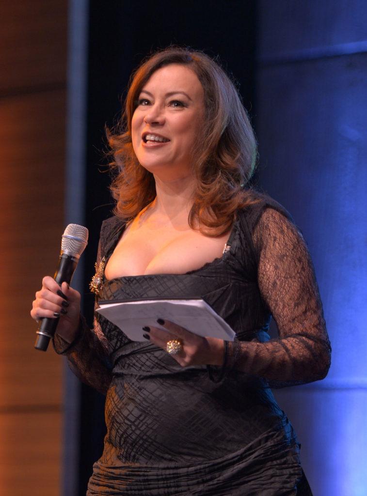 Jennifer Tilly Stage Performance Pics