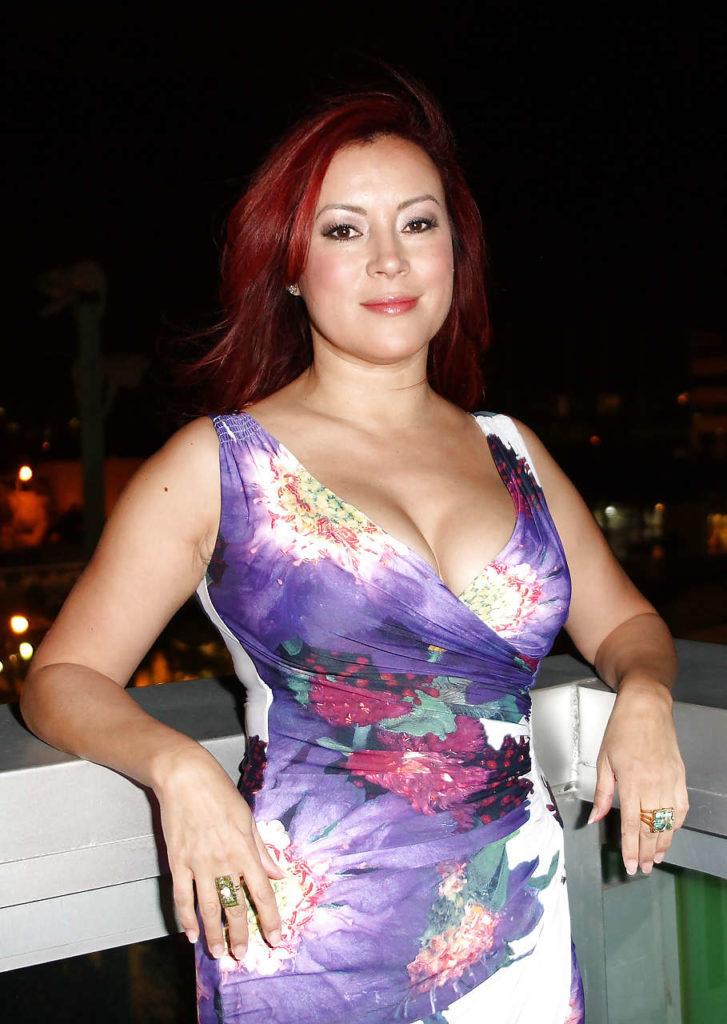 Jennifer Tilly Undergarments Photos