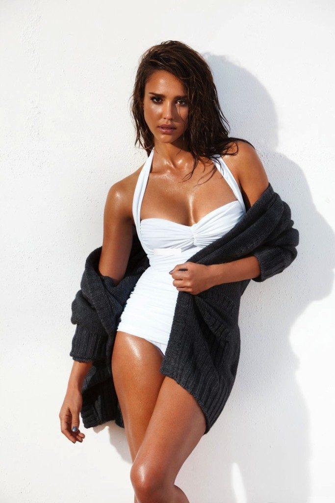 Jessica Alba Bathing Suit Pictures