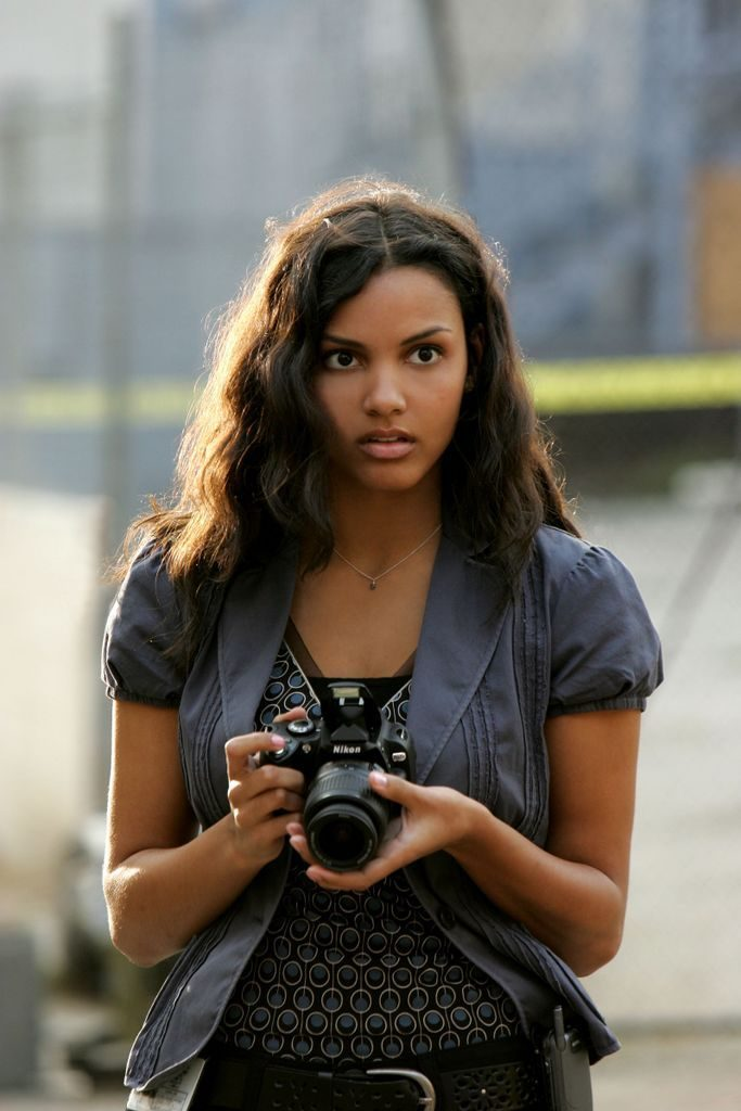 Jessica Lucas Sexy Photos
