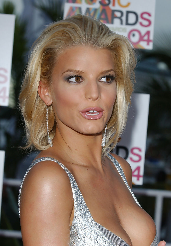 Jessica Simpson Muscles Images