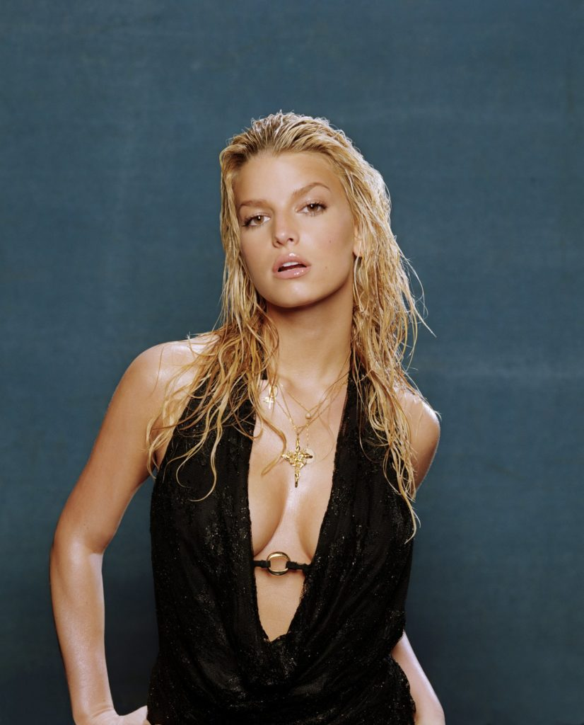 Jessica Simpson Topless Images