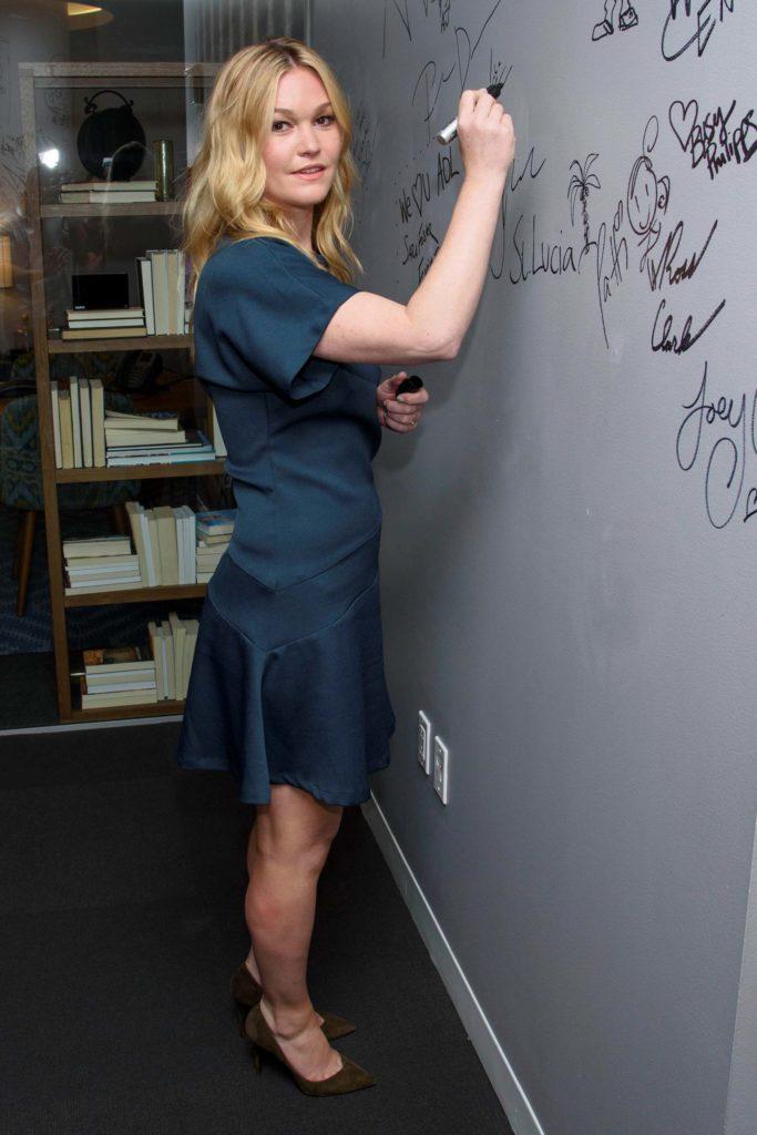 Julia Stiles Pants Photos
