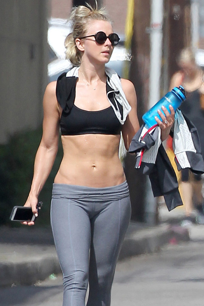 Julianne Hough Bra Leggings Images