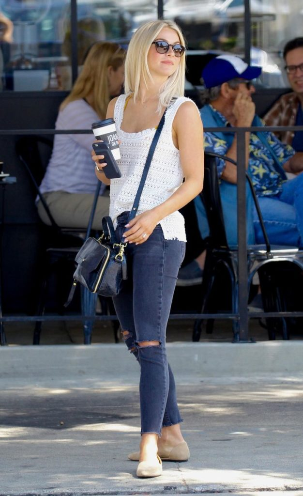 Julianne Hough Jeans Photos