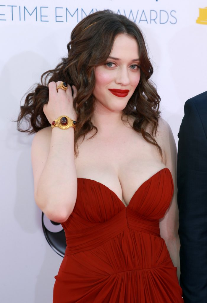 Kat Dennings Boobs Pics Gallery