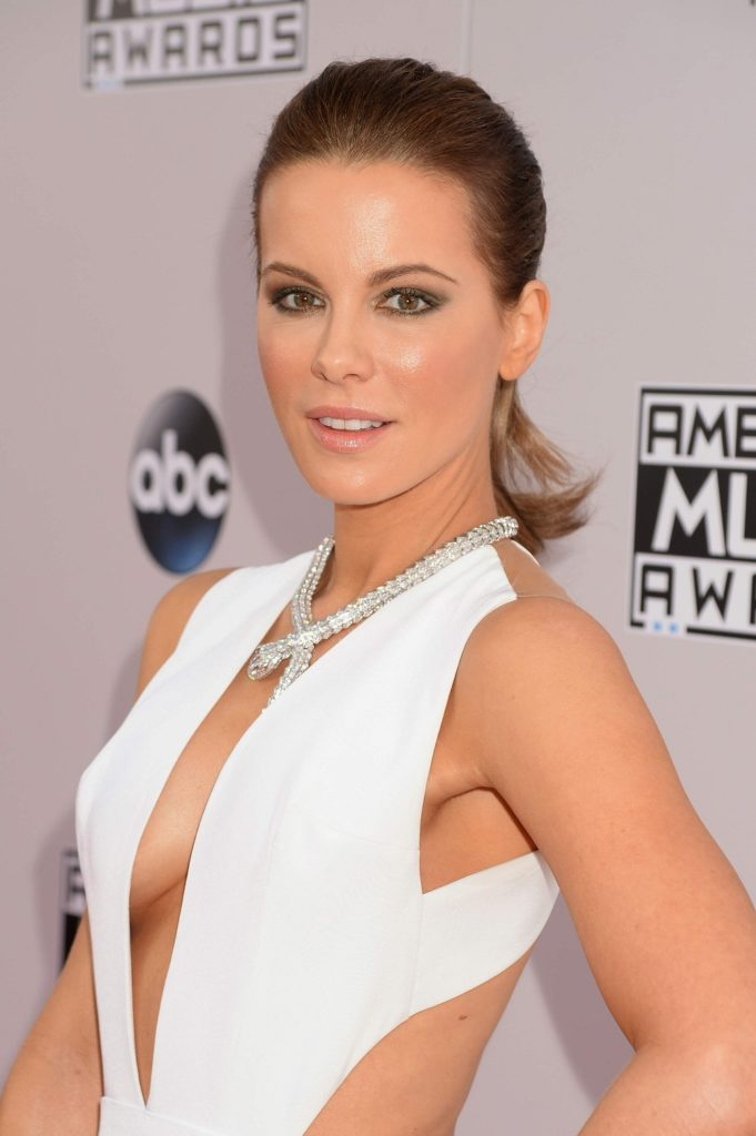 Kate Beckinsale Boobs Images