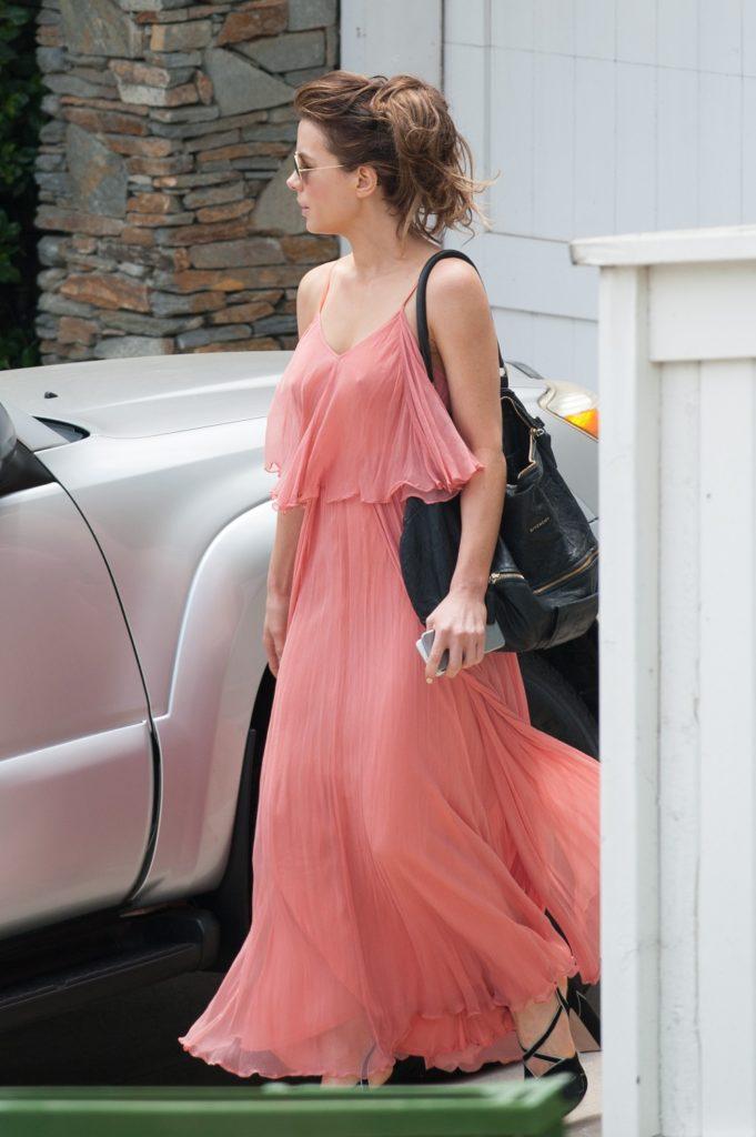 Kate Beckinsale Bun Images