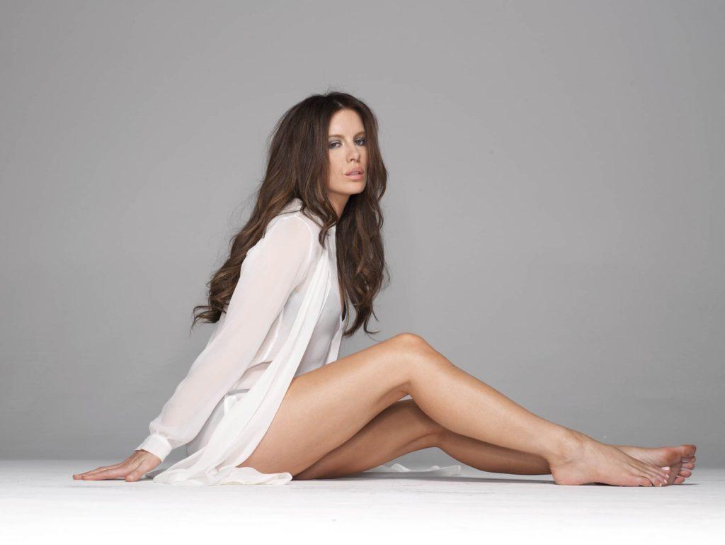 Kate Beckinsale Butt Wallpapers