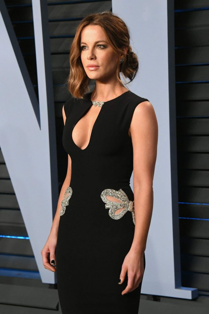 Kate Beckinsale Muscles Images