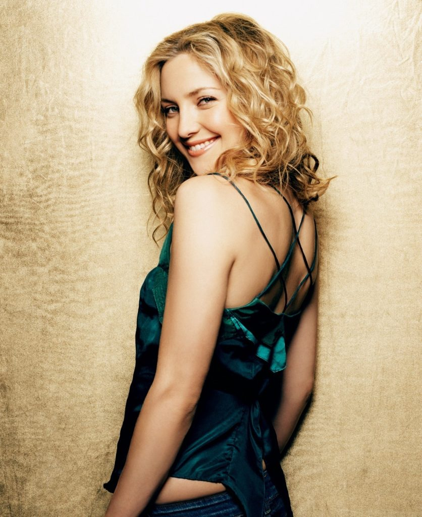 Kate Hudson Cute Smile Pictures