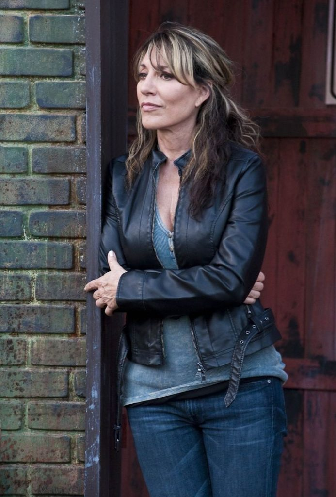 Katey Sagal Leggings Images