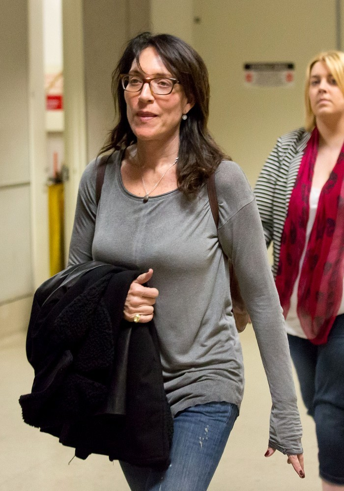 Katey Sagal Pants Photos