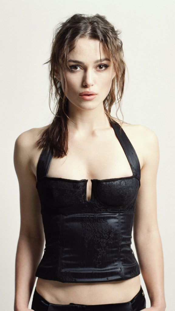 Keira Knightley Navel Pictures