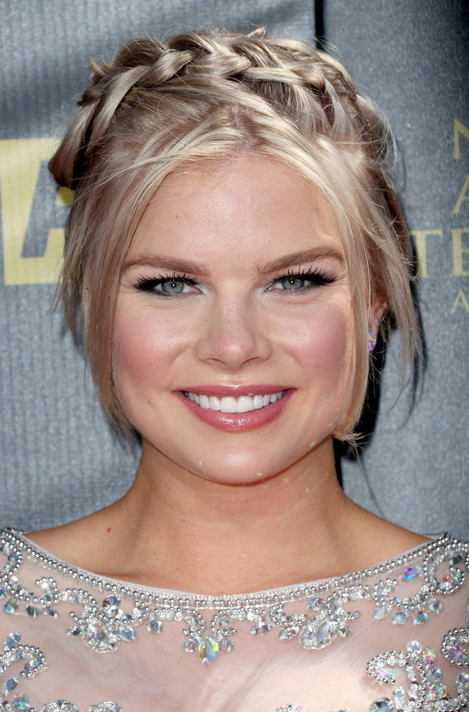 Kelli Goss Cute Wallpapers