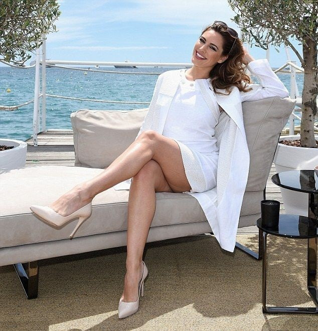 Kelly Brook Thigh Pictures