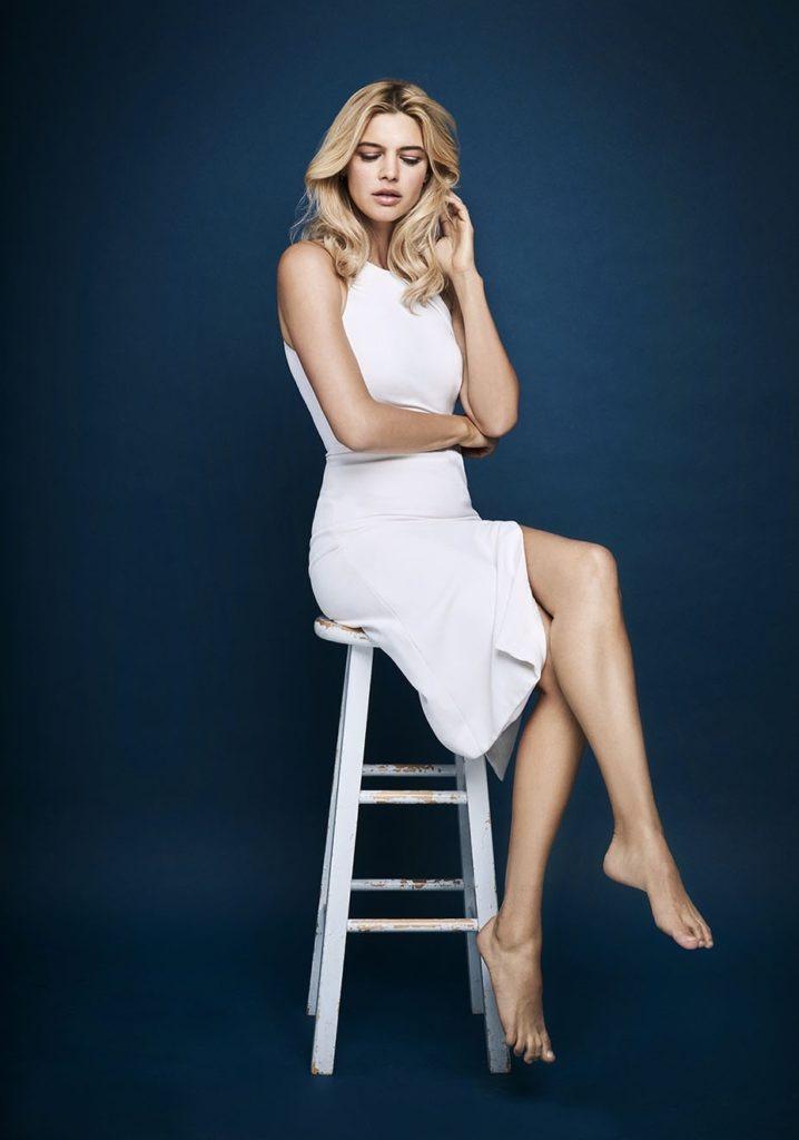 Kelly Rohrbach Legs Pics