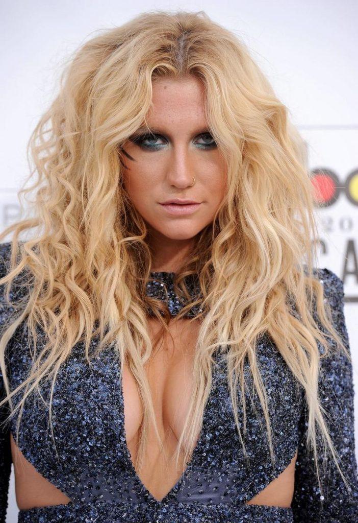 Kesha Boobs Pics