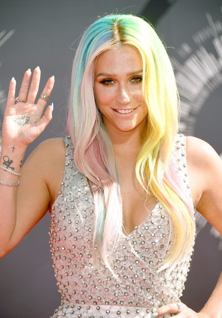 Kesha Oops Moment Images