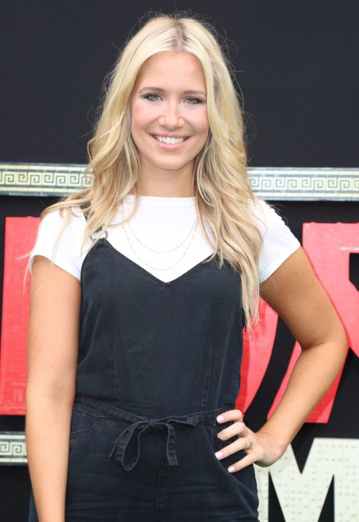 Kristine Leahy Hot Images
