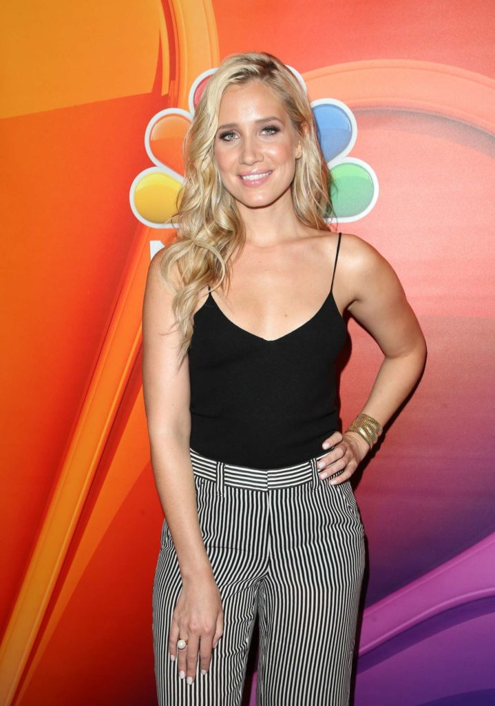 Kristine Leahy Smile Face Photos