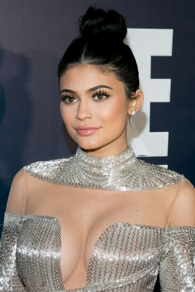 Kylie Jenner Boobs Wallpapers