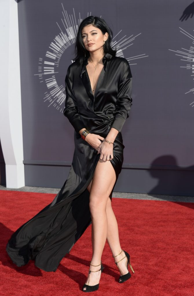 Kylie Jenner Feet Images